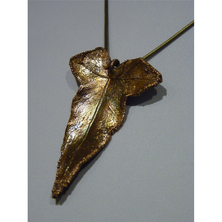 Copper ivy leaf pendant copper ivy leaf pendant crab claw with gunmetal finish mozeypictures Image collections